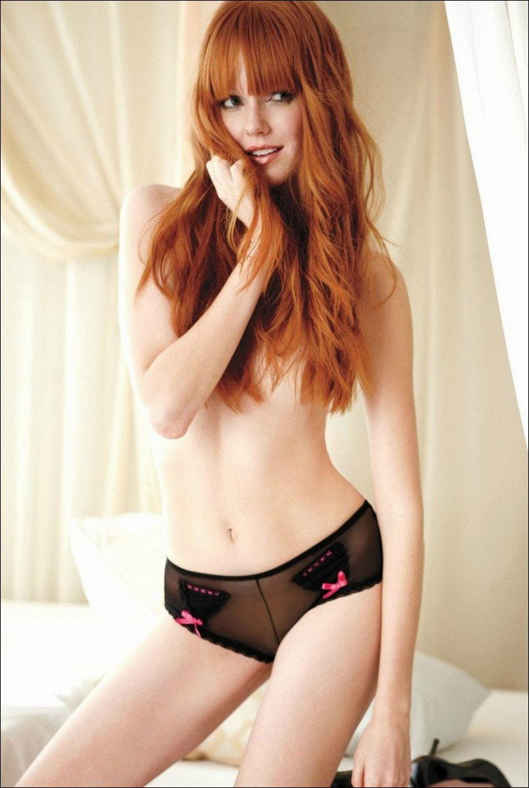 redhead babe is demonstrating all the passion she's got  359548
